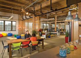 Googles Madison Wisconsin Offices Welcome New Recruits Primarily Recent University Graduates With Workspaces And A Cafe That Reflect The Buildings